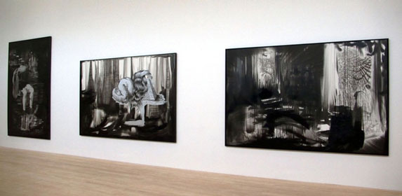 BACK TO BLACK, INSTALLATION VIEW,  KESTNERGESELLSCHAFT, HANNOVER, GERMANY, 2008 | Ir a la ficha del Artista 'Pablo Alonso Alonso'