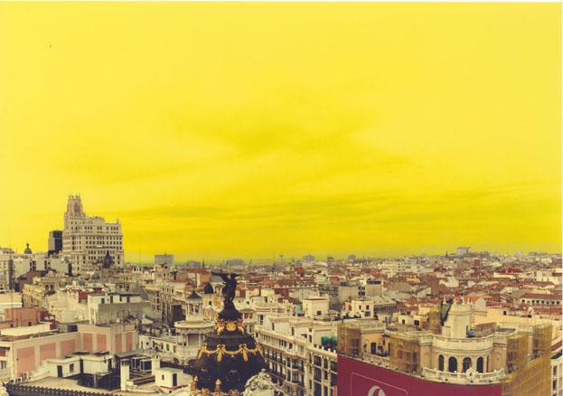 True Stories Madrid,15. 2002. Fotografía en color. 180 x 240 cm.