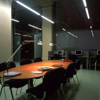 Sala de consulta Arxiu Fotogràfic de Barcelona.J. Calafell