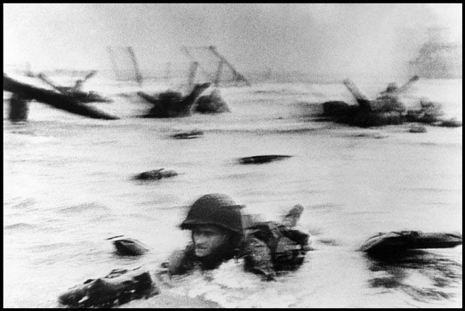 Robert Capa, Desembarco en Normandía