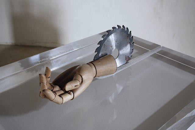 Carlos Garaicoa, La mano del carpintero 2007