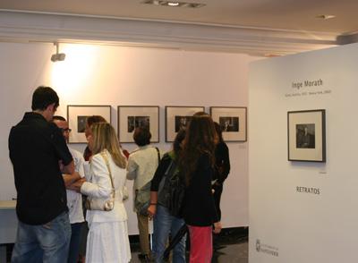 Inauguración del la exposición Retratos. Inge Morath. Sala Ángel de la Hoz(CDIS)