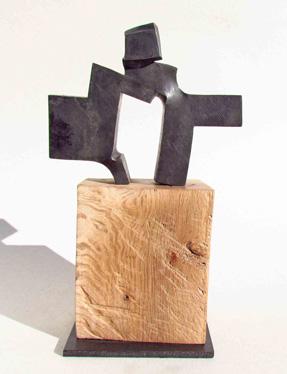 Acogida, Hierro forjado y encina, 31 x 19 x 10 cm. 2012