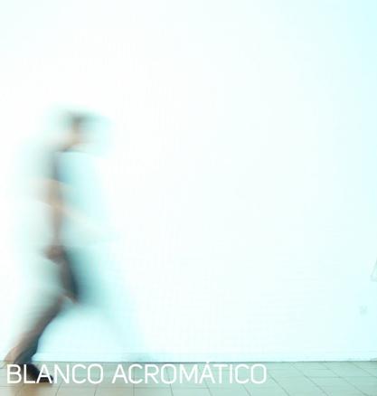 Paloma Gámez. Blanco acromático