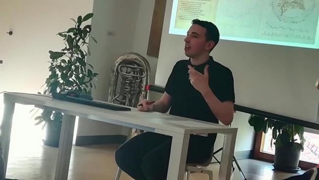 Grafía y música en el siglo XX  por Aitor Merino Martínez | Ir al evento: 'Conferencia Grafía y Música en el Siglo XX'. Conferencia de Arte sonoro en Centro Cultural Conde Duque / Madrid, España