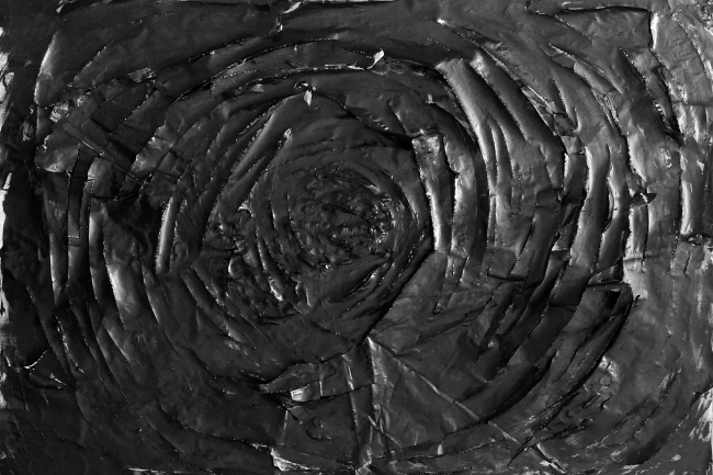 Obra de Abraham Calero | Ir al evento: 'El niño en el pozo'. Exposición de Arte sonoro, Fotografía, Pintura en Can Monroig - Inca / Inca, Baleares, España