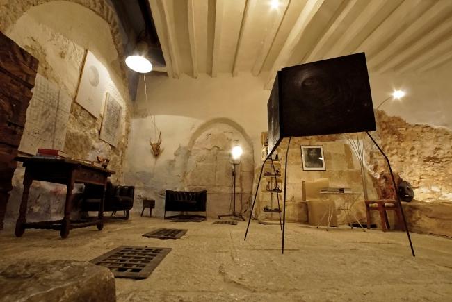 Abraham Calero en Can Monroig | Ir al evento: 'El niño en el pozo'. Exposición de Arte sonoro, Fotografía, Pintura en Can Monroig - Inca / Inca, Baleares, España