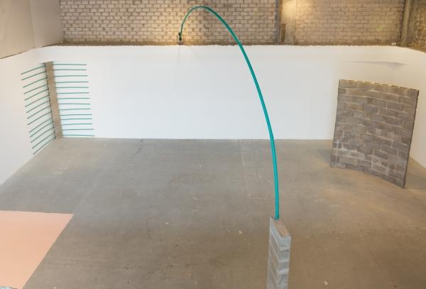 Vista exposición | Ir al evento: 'Defectos Lineales o Dislocaciones'. Exposición de Escultura, Pintura en Espacio Odeón / Bogotá, Distrito Especial, Colombia