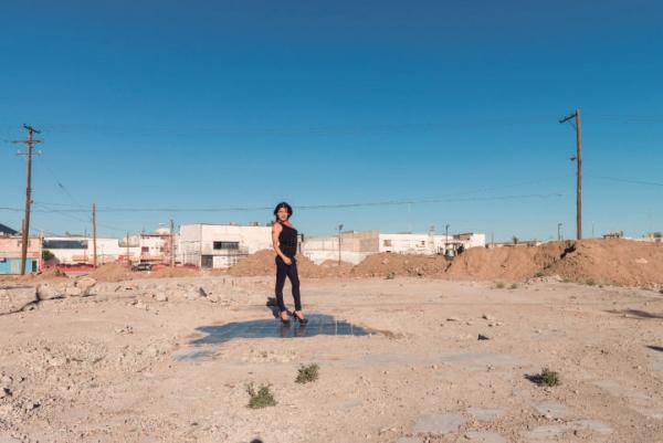 """Teresa Margolles. Andrea sobre la Discoteca """"La Madelon"""", 2016 © TERESA MARGOLLES"""