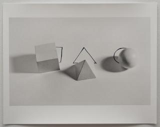 "Liliana Porter, ""Geometric Shapes With Drawings"", 1973/2012. Imagen cortesía Luciana Brito Galeria"