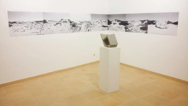 llore3 | Ir al evento: 'Lugares al borde de la nada'. Exposición de Escultura, Fotografía en Museu i Fons Artístic de Porreres / Porreres, Baleares, España