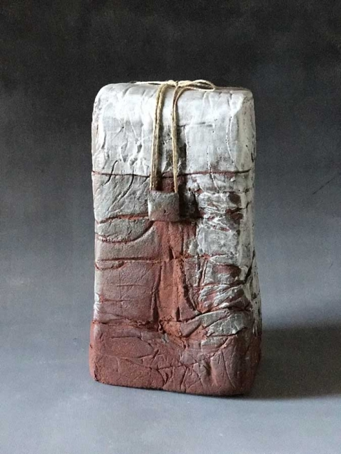Sin título, cerámica, 29x15x10 cms.