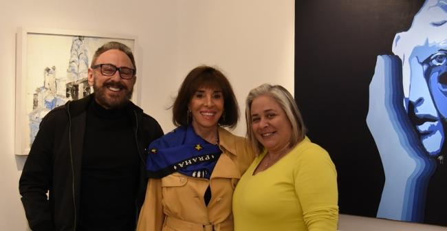 Walter e Paula Cover e Carla Mourão