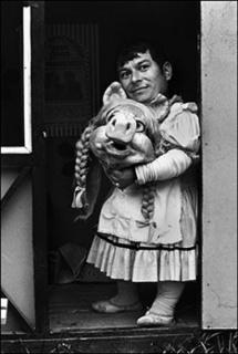 Paz Errázuriz, Miss Piggy II, Santiago, 1984
