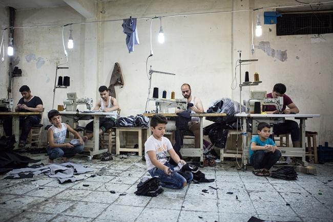 Valerio Muscella - Cortesía de DOCfield Barcelona | Ir al evento: 'Haraket'. Exposición de Fotografía en Espronceda Center for Art & Culture / Barcelona, España