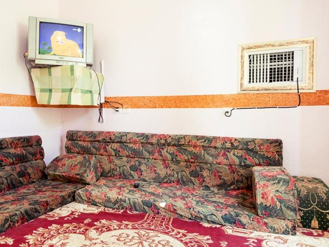 Roger Grasas, Wadi Ad Dawassir, Kingdom of Saudi Arabia, 2010 - Cortesía de DOCfield Barcelona | Ir al evento: 'Hotel, dulce hotel'. Exposición de Fotografía en H2O / Barcelona, España
