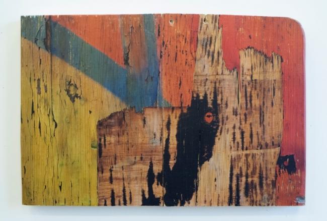 Karlos Kaplan, Sin título, Serie Ruptura, 2016-2017. Fotografía, transferencia sobre madera antigua, 59,5 x 29,7 cm. Pieza única, edición sobre diversas maderas 3 ejemplares– Cortesía de la Galería Acanto