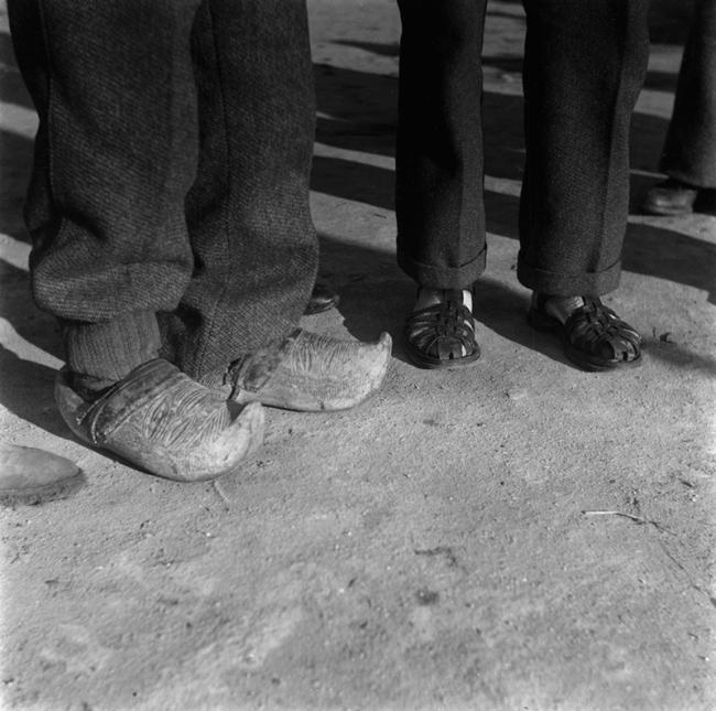 Jacques Léonard – Cortesía de DOCfield Barcelona | Ir al evento: 'Evadés'. Exposición de Fotografía en Marc Domènech (GMD) / Barcelona, España