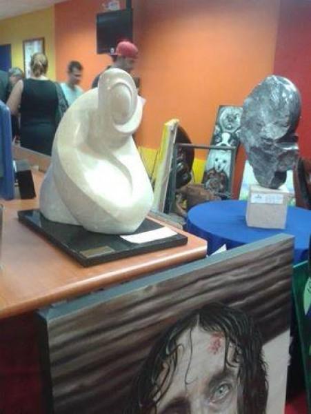 Algunas de las esculturas a subastar