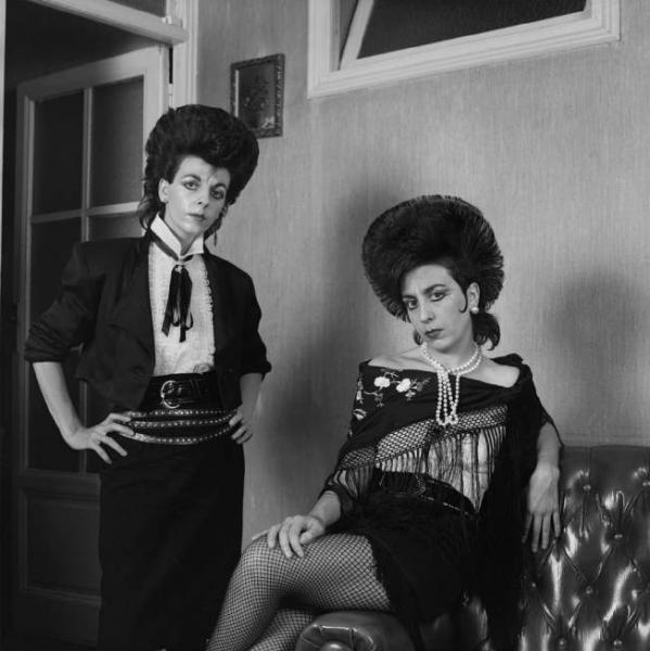 Alberto García-Alix. Dos ladies, 1988 © ALBERTO GARCÍA-ALIX, VEGAP, MADRID, 2017