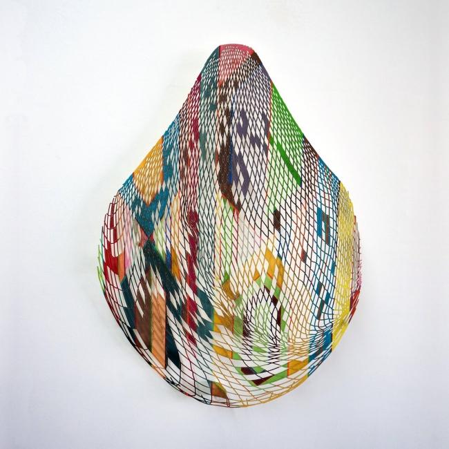 """""""Canasto II"""", 2017. María García Ibáñez // Gouche sobre papel cortado a láser. 110x110 cm."""