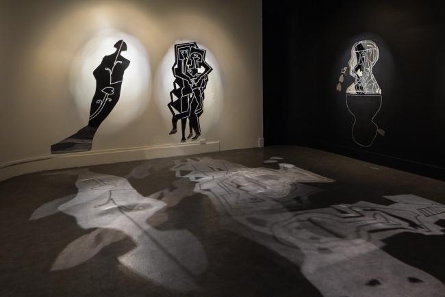 """""""Trashumantes"""", instalación de Fernando Toledo en diálogo con la obra de Julio Zachrisson. Foto cortesía de Alfredo J. Martiz J. @ajmartizj"""