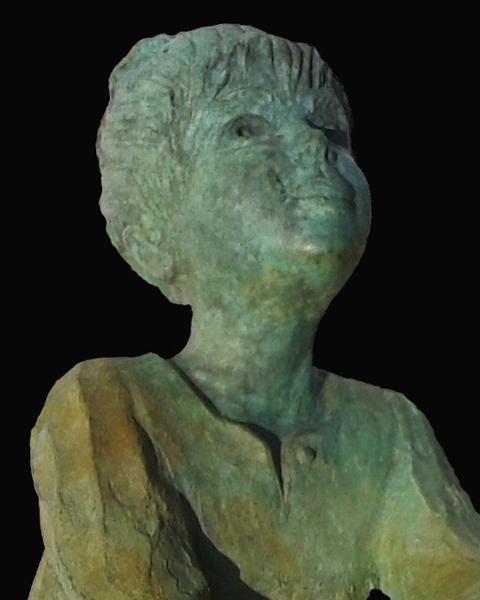 PIONERA (detalle) | Ir al evento: 'Lola Catalá'. Exposición de Escultura en Sala de Arte Enquadres / Valladolid, España