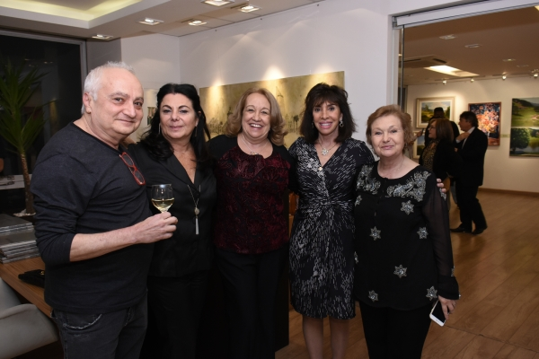 Maira dos Anjos Oliveira, Bia Black e Carla Mourão | Ir al evento: 'Formas e cores'. Exposición de Diseño, Escultura, Pintura en Espacio Uruguay / São Paulo, Sao Paulo, Brasil