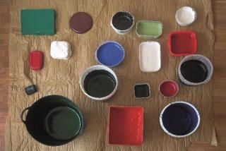 Dieciocho colores para un ensayo