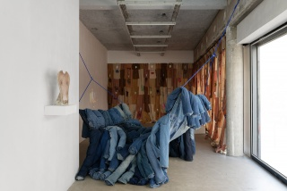 Pia Camil, They, Installation view at Sultana © aurélien mole