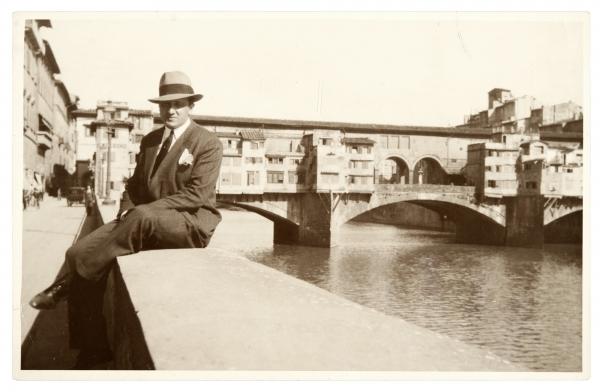Gerardo Matos Rodríguez. Ponte Vecchio, Florencia. Año 1929. (Foto: Archivo Matos Rodríguez. Autor: s/d.).