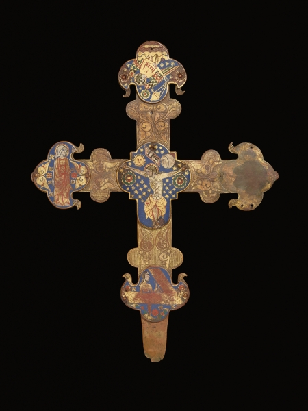 Cruz procesional, 1330-1350. España. Plata dorada, esmalte © The Trustees of The British Museum (2016). All rights reserved