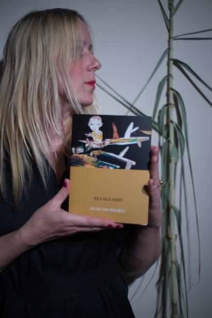 El catálogo de la exposición | Ir al evento: 'Hula Hula Hoop!!'. Exposición de Artes gráficas, Diseño, Pintura en Museo de San Javier / San Javier, Murcia, España
