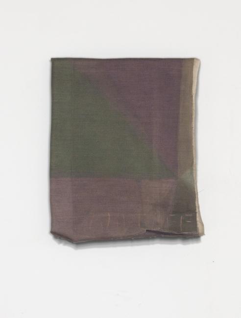 Guillermo Pfaff, Folded Painting – Cortesía de la Galería Carles Taché