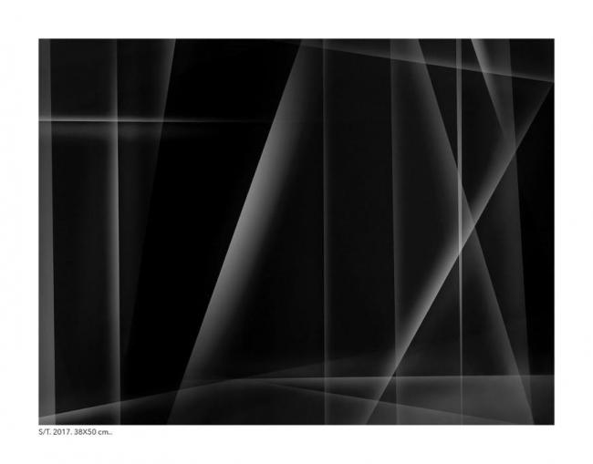 Juan de Sande, S/T, 2017, 38x50 cm.   Ir al evento: 'Es natural desear algo de luz. Capítulo primero'. Exposición de Fotografía en Proyecto H Contemporáneo / Madrid, España