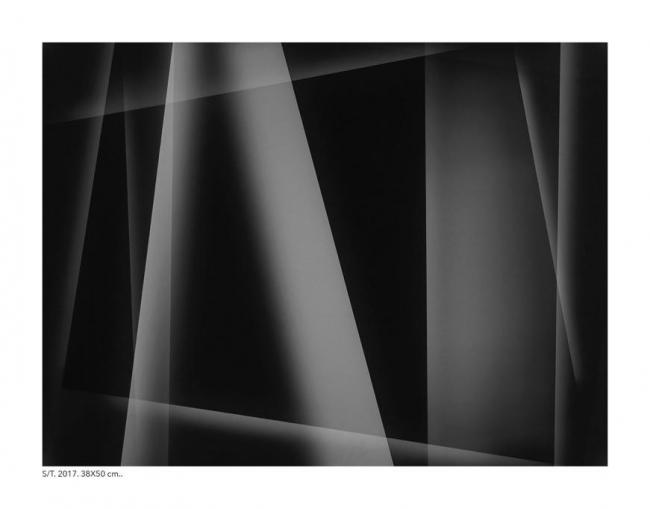 Juan de Sande, S/T, 2017, 38x50 cm. | Ir al evento: 'Es natural desear algo de luz. Capítulo primero'. Exposición de Fotografía en Proyecto H Contemporáneo / Madrid, España