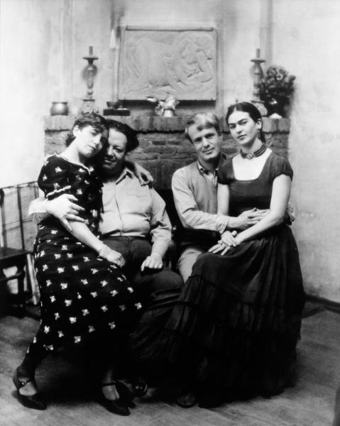 Diego Rivera y Frida Kahlo en la casa de Ralph Stockpole con Lucile y Arnold Blanch. San Francisco, California, EUA, 1930. Autor: Peter Juley.