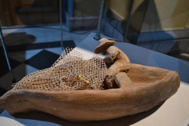 """Obra de la exposición """"Oye Ndén. La cerámica que guarda la memoria Chaná"""" – Cortesía del Museo de Arte Popular José Hernández"""