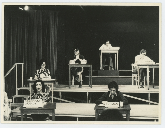 "León Ferrari, Operativo: ""Pacem in Terris,"" 1972. Performance. Courtesy the Adriana Banti Archive, Buenos Aires."