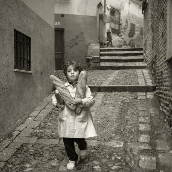 Vicente López Tofiño. En la calle Cervantes se encontraba el Mesón del Sevillano, tan familiar para Don Miguel de Cervantes. Toledo