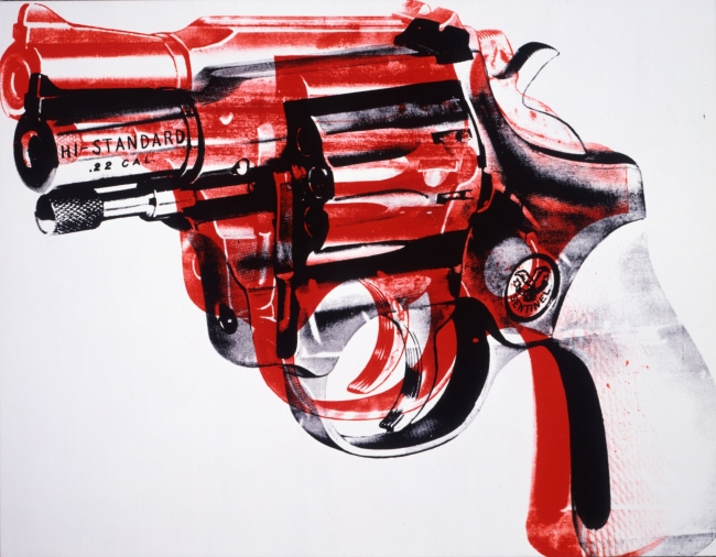 Pistola. 1981. Acrílico y serigrafía sobre lino. Collection of the Andy Warhol Museum, Pittsburgh © 2017 The Andy Warhol Foundation for the Visual Arts, Inc. / VEGAP | Ir al evento: 'Warhol. El arte mecánico'. Exposición en Fundación La Caixa - CaixaForum / Barcelona, España