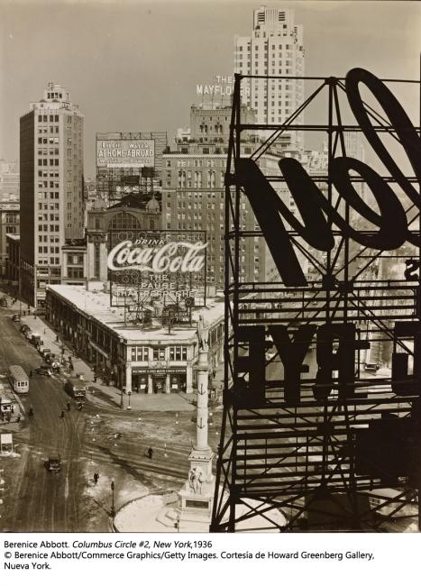 Berenice Abbott. Columbus Circle #2, New York, 1936 – Cortesía de Kutxa Kultur Artegunea