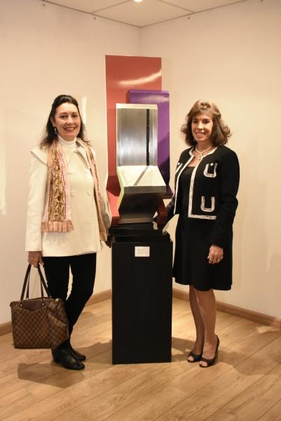 Carmen Pousada, Carla Mourão | Ir al evento: 'Dolly Moreno - Esculturas'. Exposición de Diseño, Escultura en Espacio Uruguay / São Paulo, Sao Paulo, Brasil