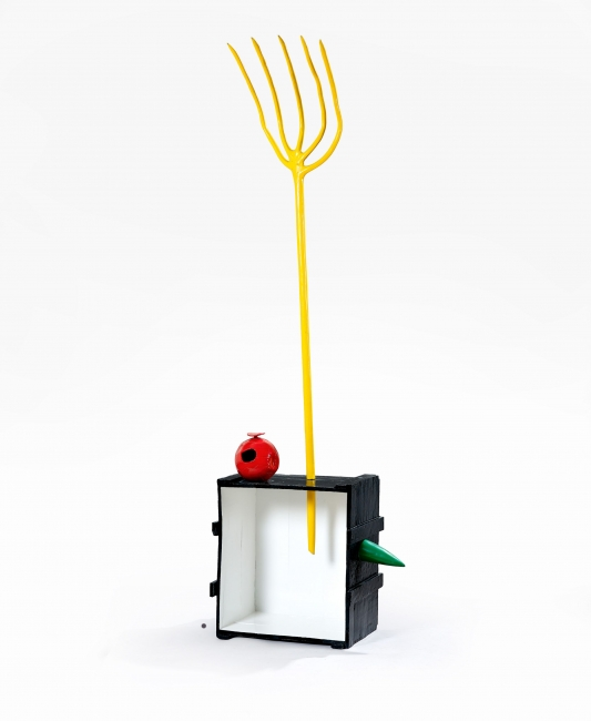 JOAN MIRÓ, Femme et oiseau, 1965, 260 x 85 x 48 cm., Bronce pintado. Fondation Marguerite et Aimé Maeght, Saint- Paul, Francia. Inv. 0012. Créditos: Foto Claude Germain – Archivos Fondation Maeght, Saint-Paul de Vence (Francia). ©Successió Miró 2018   Ir al evento: 'Joan Miró. Esculturas 1928-1982'. Exposición de Escultura en Centro Botín / Santander, Cantabria, España