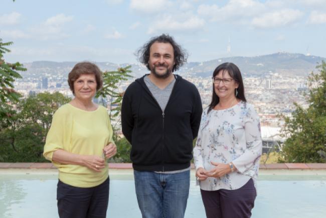 Kader Attia (en el centro), Premio Joan Miró 2017
