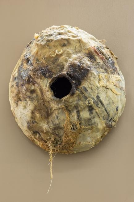 Pedro Wirz | Untitled (Nest) | 2017 Fabric, latex, acrylic paint, human hair | 30cm (diameter) x 14cm (deep) | photo credits: Bruno Lopes