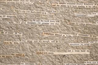 """Detalle de """"Piano Player (1952)"""", plancha de papel reciclado, informe, 91 x 61 cm. Marla Jacarilla, 2017 – Cortesía de Twin Gallery"""