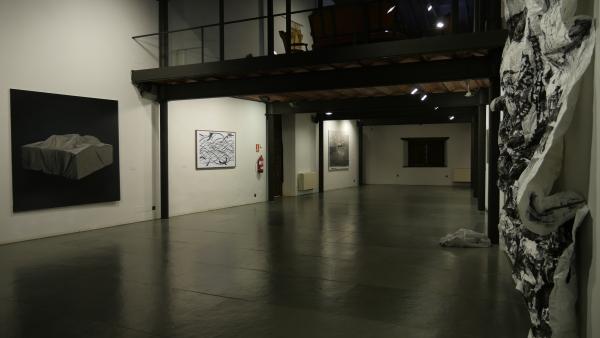 No hay color | Ir al evento: 'No hay color'. Exposición en Casas del Aguila y la Parra / Santillana del Mar, Cantabria, España
