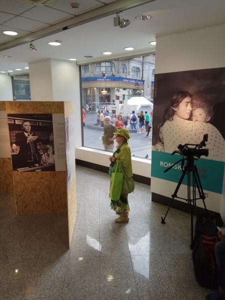 Exposición en Belgrado 2 | Ir al evento: 'Vidas Gitanas - Lungo Drom'. Exposición de Fotografía en Instituto Cervantes - Belgrado / Belgrade, Vojvodina, Serbia