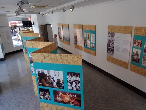 Exposición en Belgrado 1 | Ir al evento: 'Vidas Gitanas - Lungo Drom'. Exposición de Fotografía en Instituto Cervantes - Belgrado / Belgrade, Vojvodina, Serbia